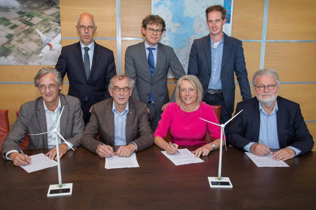 Omgevingsvisie FlevolandStraks beeld: Windkoepel-ondertekening