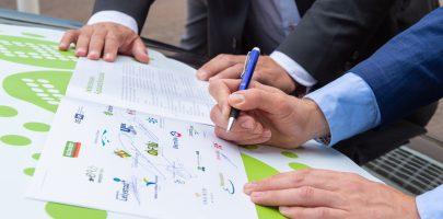 Handtekeningen onder Energie Agenda