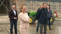 Minister Schouten bezoekt Boerderij van de Toekomst